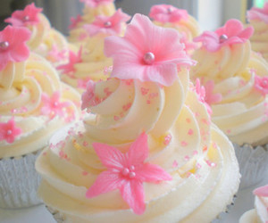 cupcake, sweet, and flowers image