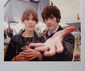 alex turner and alexa chung image