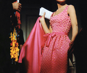 audrey hepburn, Breakfast at Tiffany's, and pink image
