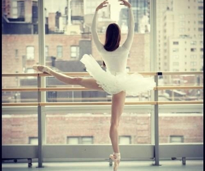 ballet and heartit image