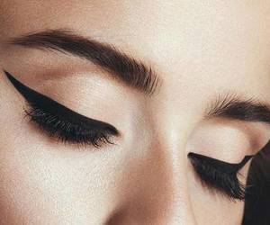 amazing, mascara, and eyeliner image