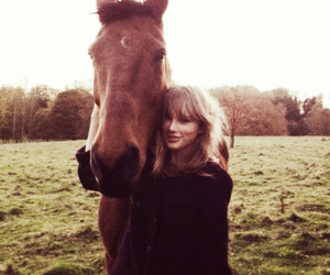 Taylor Swift, horse, and taylor image