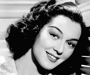 classic movies, rosalind russel, and classic movie actress image