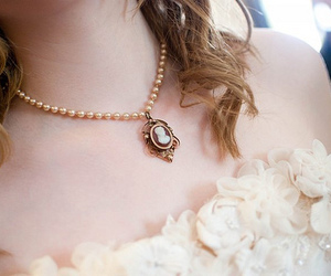 girl, necklace, and pretty image