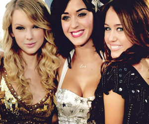 katy perry, miley cyrus, and Taylor Swift image