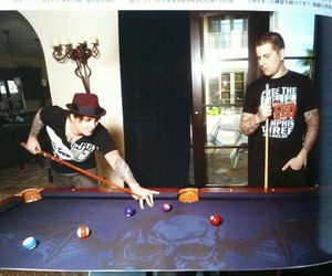 avenged sevenfold, m shadows, and synyster gates image