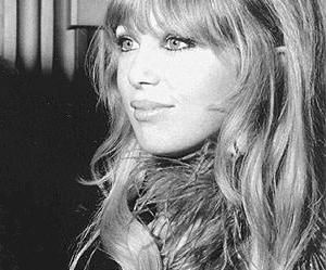 pattie boyd and 60s image