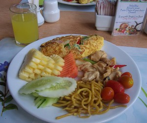 ananas, breakfast, and Chicken image