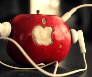 apple and music image