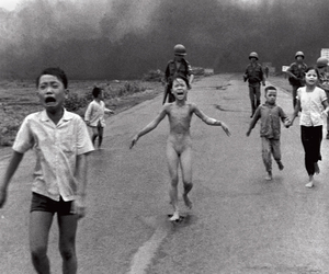 black and white, war, and guerra de vietnam image