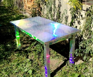 holographic and table image