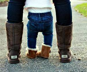 baby, ugg, and family image