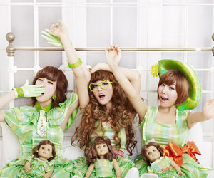 lizzy, after school, and Nana image