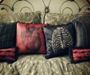 sofa and wow image