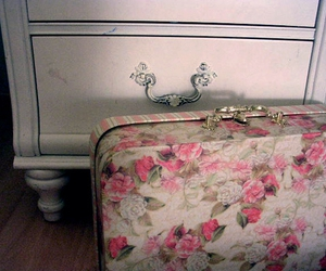 vintage, floral, and suitcase image