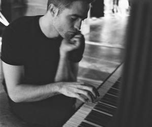 robert pattinson, piano, and dior image