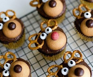cupcakes, holiday, and moose image