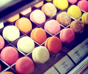 colourful, macaron, and yummy image