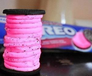oreo, food, and pink image
