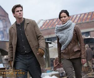 katniss everdeen and gale hawthorne image