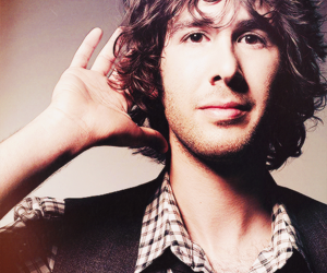 fashion, josh groban, and Hot image