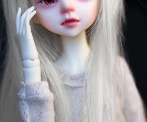 albino, bjd, and dim image