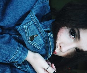 black hair, grunge, and jeans image