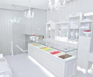 decor and food image