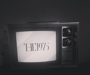 band, the 1975, and indie image