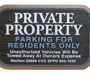 residential signs, wooden signage, and residential sign image