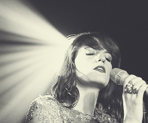 black and white, goddess, and florence welch image