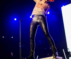 concert, hayley williams, and jeremy davis image