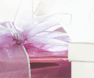 gifts, rosa, and cute image