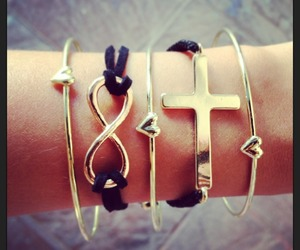 accessories, bracelets, and infinito image