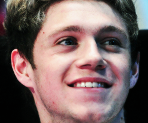 niall horan, smile, and one direction image