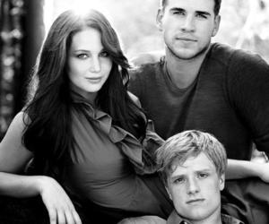the hunger games, josh hutcherson, and Jennifer Lawrence image