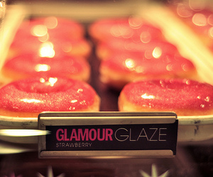 donuts, pink, and glamour image