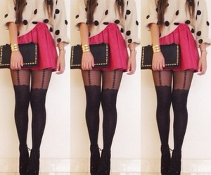 outfit, girl, and pink image
