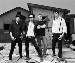 sum 41 and music image
