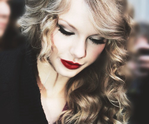 Taylor Swift, red, and pretty image