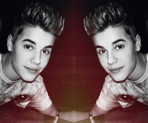 justin, mirror, and bieber image