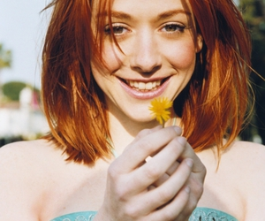 alyson hannigan, flowers, and girl image