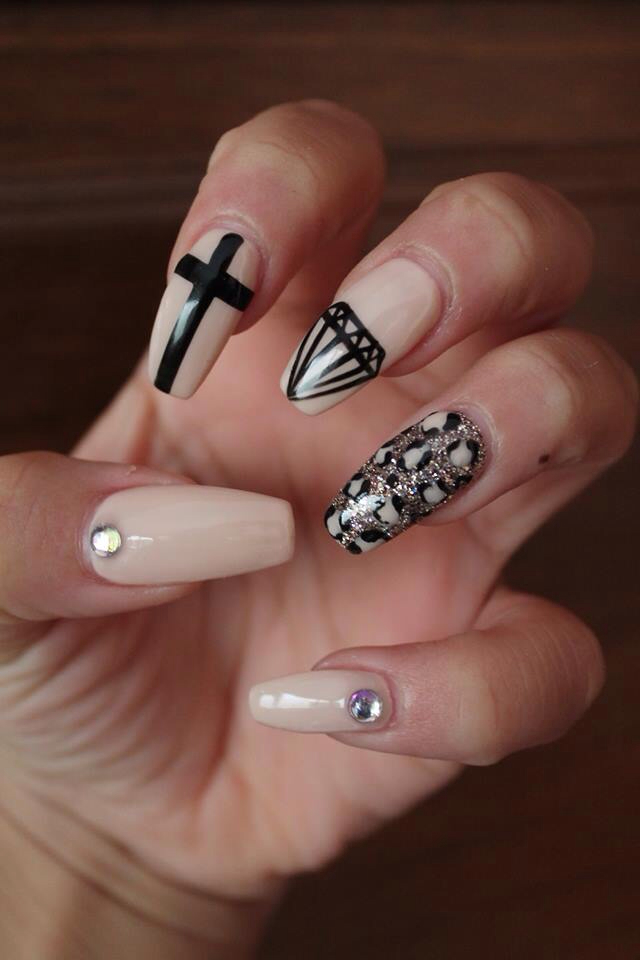 November Nails Discovered By Jodie Farrugia