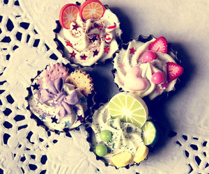 colorful, cupcake, and delicious image