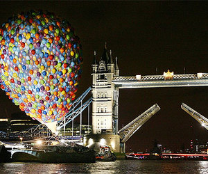 balloons and london image