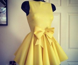 beautiful, bow, and yellow image