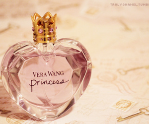 perfume and Vera Wang image