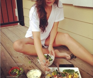 food and danielle campbell image