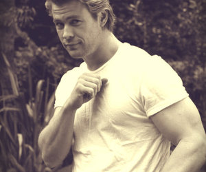 handsome, photoshoot, and thor image