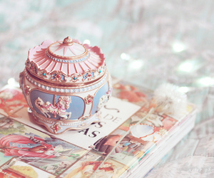 cute, music box, and pink image